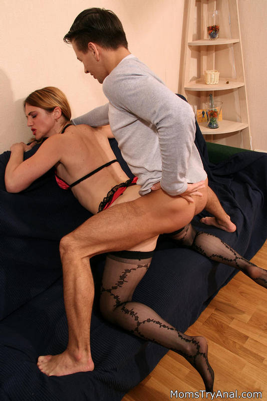 busty daughter anal acrobats